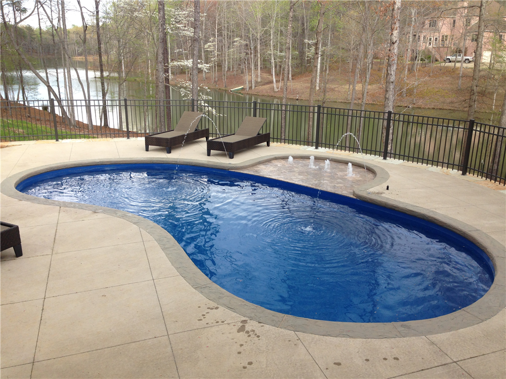 Earl 39 s pools al fiberglass pool sales service for Pool design services